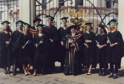 2009 prof. Gúth s absolventami VŠ z Weißenfelsu r. 2009